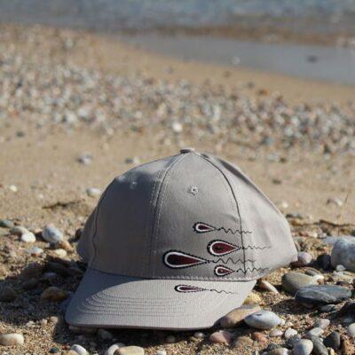 ColouRs&JeMs - Καπέλα