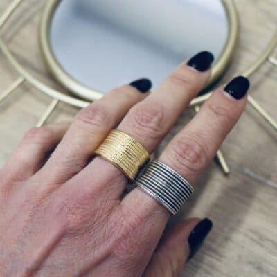 ColouRs&JeMs - Δαχτυλίδια